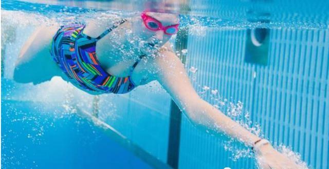 放慢动作开始动次打次,游泳节奏感比料想的更重要