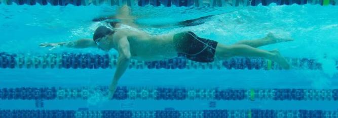自由泳长距离游泳如何做到不累?