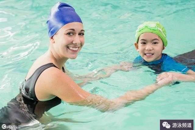 成人学游泳有没有什么技巧啊?