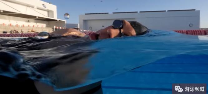 自由泳换气,练成自然呼吸,注意这三个要点