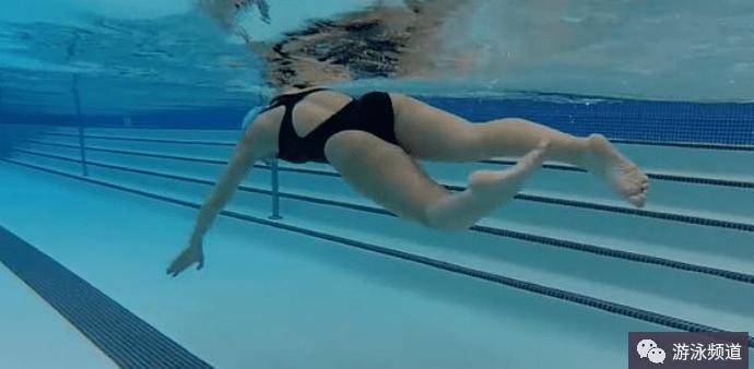 全浸游泳二拍打水,打腿技术练习心得