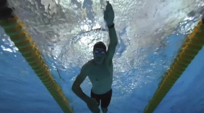 自学游泳,你要的了解的几个误区