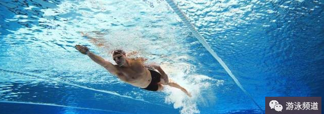 学自由泳,打腿必须要练好