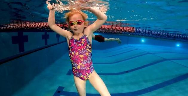 如何练习踩水?