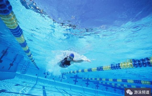 什么是游泳肩?经常游泳如何预防游泳肩?