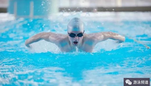 游泳如何预防肩部受伤?