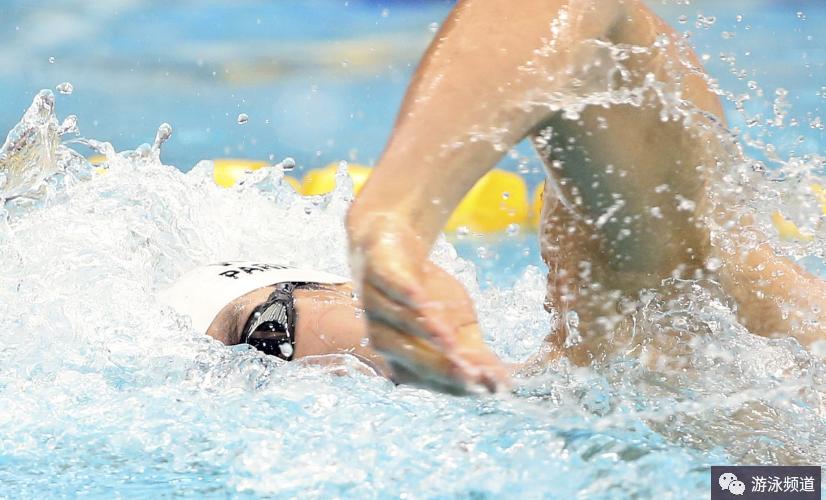自由泳呼吸技术,细节完全解读