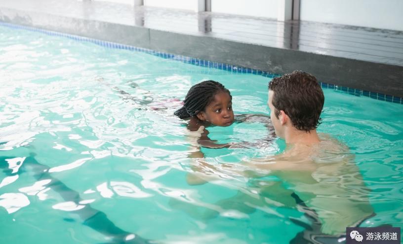 游泳技术之外,这些帮助你成为更好的游泳者