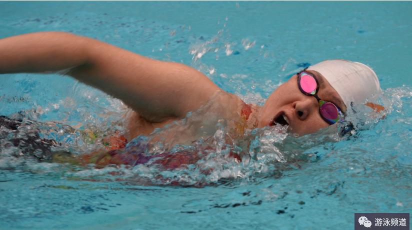 教练所理解的自由泳打腿技术